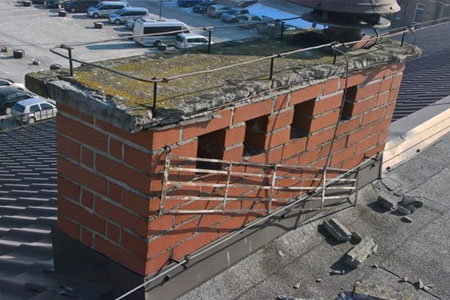 Komin na dachu